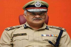 The police department will focus on hotspots and cluster containment zones Lockdown violators will be registered by random checking of CCTV cameras in residential societies: DGP Shivanand Jha