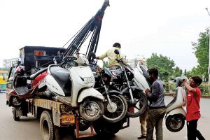 Towing the Vehicles: Ahmedabad City