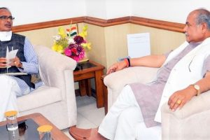 CM Chouhan meets Union Agriculture Minister NS Tomar