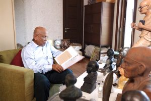Meet the 76-year-old Mumbaikar, who is the largest private collector of Mahatma Gandhi's memorabilia