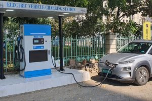 Electric Vehicle Charging Station with EVRE at Hiranandani Estate
